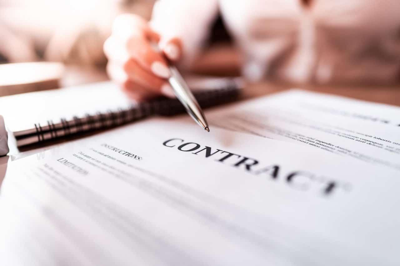 https://surecapital.com.au/wp-content/uploads/2020/10/Choosing-the-best-small-business-loan-1280x853.jpg